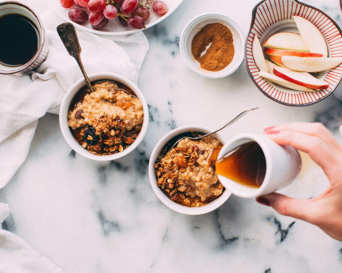 Breakfast oatmeal for breastfeeding